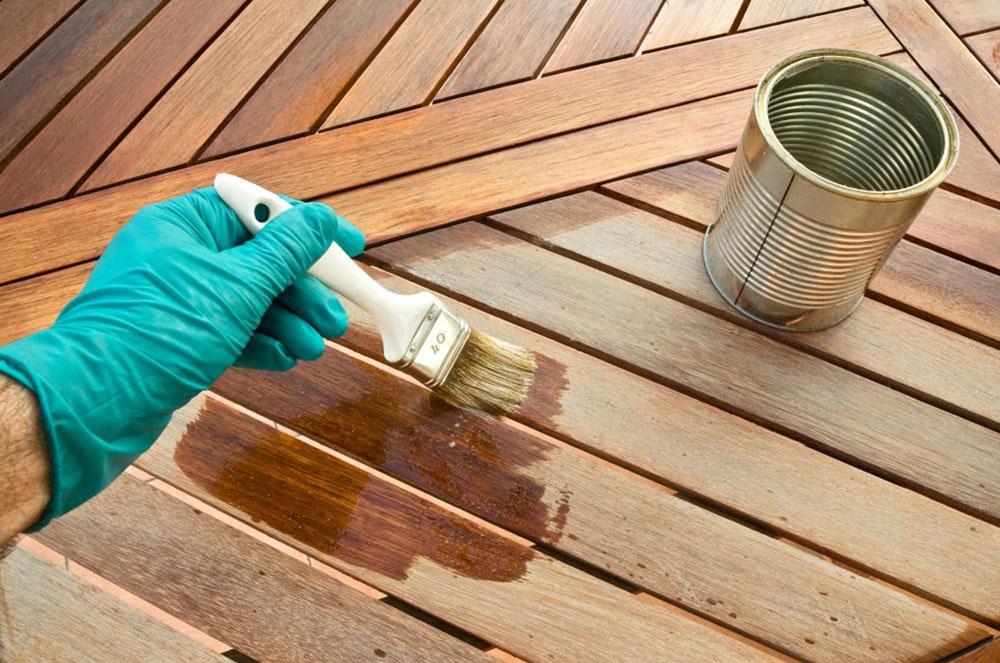 Чем обработать деревянный пол в бане