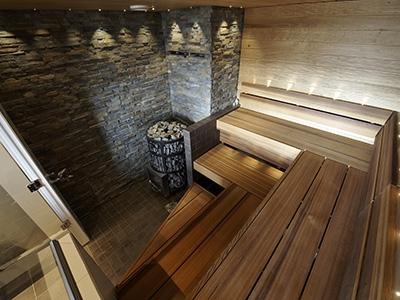 Отделка стен бани плиткой